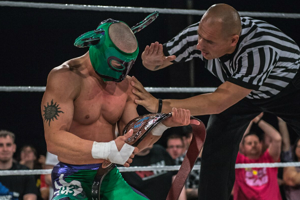 It was a huge moment for El Ligero to beat Alberto El Patron and Travis Banks to bag the WCPW Internet Title.