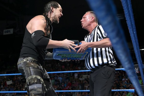 Baron Corbin Cashes In Money In The Bank Briefcase On SmackDown