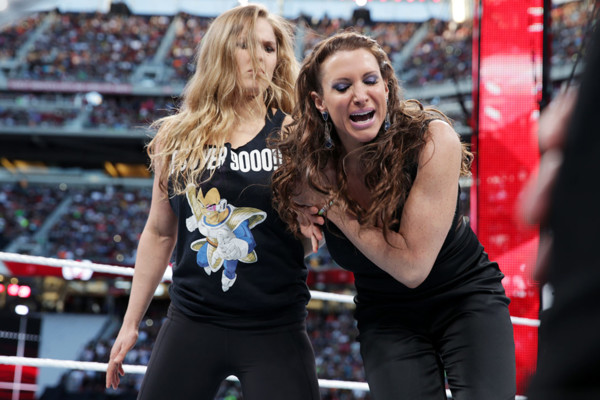 Ronda Rousey to WWE? UFC star reportedly training for pro wrestling career