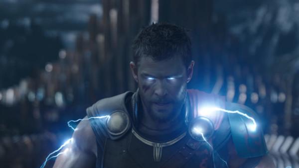 Thor Ragnarok Lightning