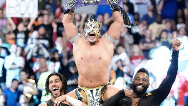 Kalisto Cruiserweight Champion