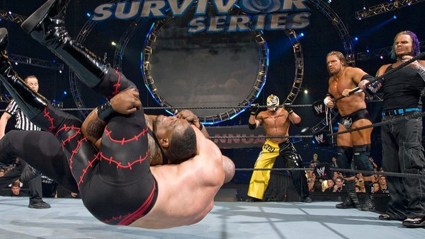 10 Fascinating WWE Survivor Series 2007 Facts – Page 7