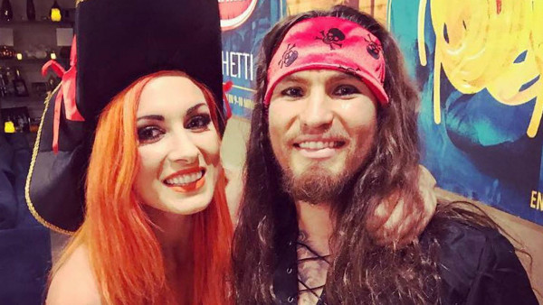 Becky Lynch Luke Sanders