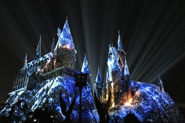 Hogwarts Christmas Harry Potter Universal Orlando
