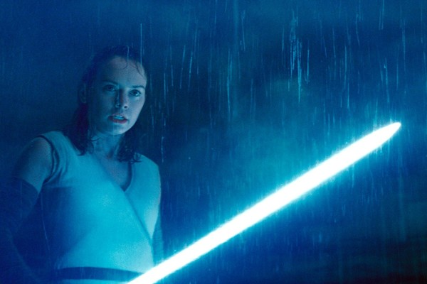 Star Wars The Last Jedi Rey lightsaber
