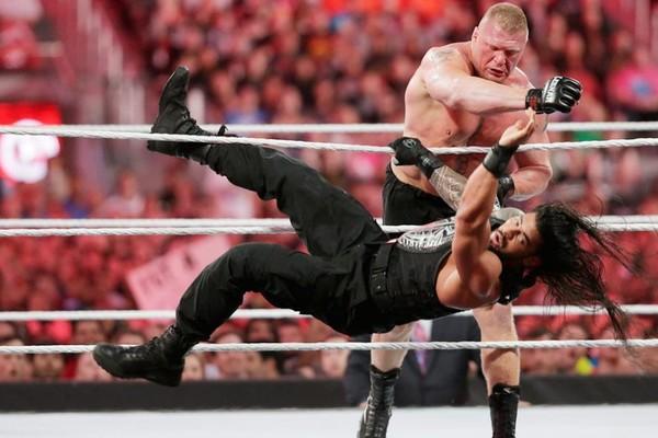 Roman Reigns Brock Lesnar WrestleMania 31