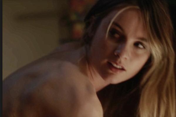 10 Worst Movie Sex Scenes Of 2017-4240