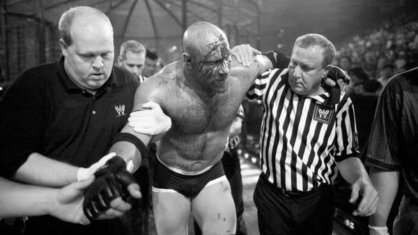 10 Wrestlers Who Beat Goldberg