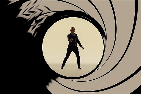 Every Bond Movie Pre-Title Scene Ranked - Worst To Best