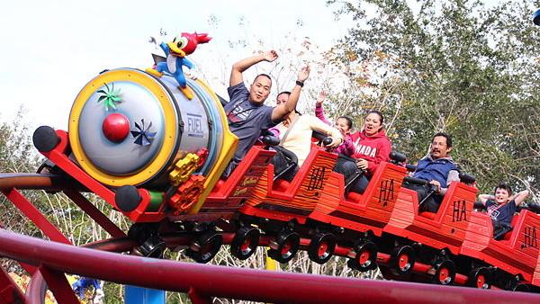 Universal Orlando Woody Woodpecker Nuthouse Coaster