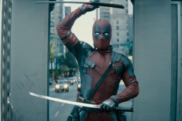 Deadpool 2 Sword