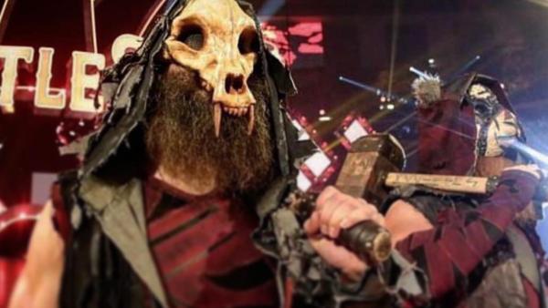 luke harper mask
