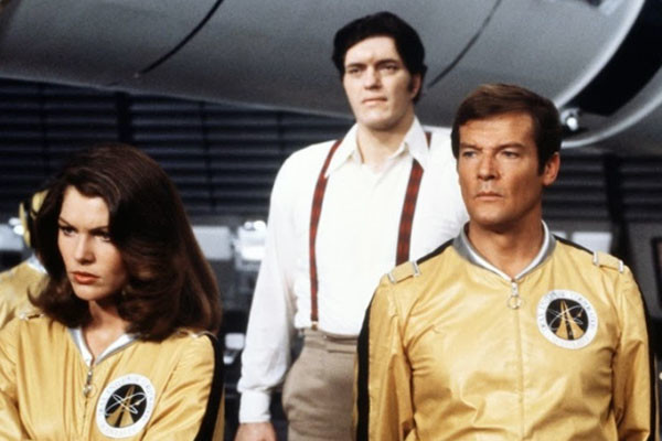 Moonraker Roger Moore Jaws Holly Goodhead