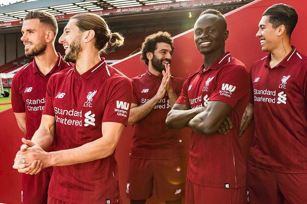 Liverpool 18 19 Home Kit