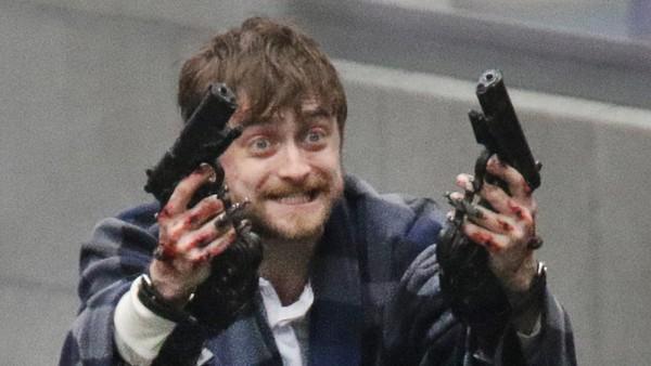 Daniel Radcliffe Guns Akimbo