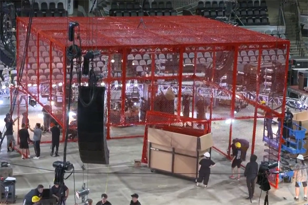 Hell In A Cell 2018 Red Cage