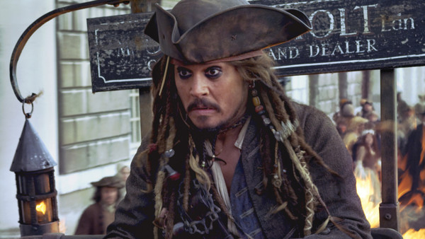 Pirates of the caribbean on stranger tides jack sparrow