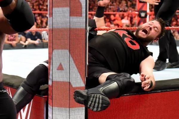 Kevin Owens WWE Knee