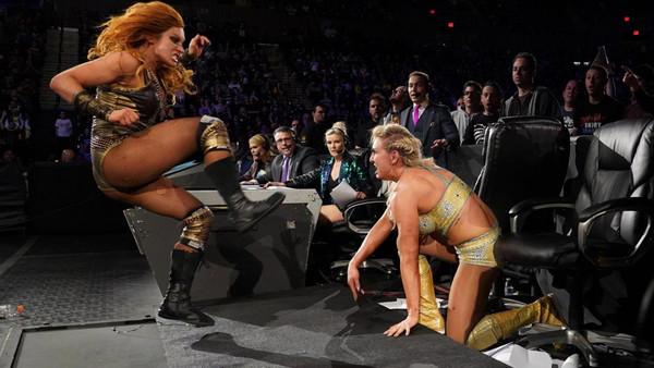 WWE Evolution 2018 Becky Lynch Charlotte