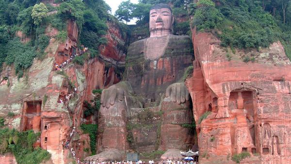 1280px Leshan Buddha Statue View