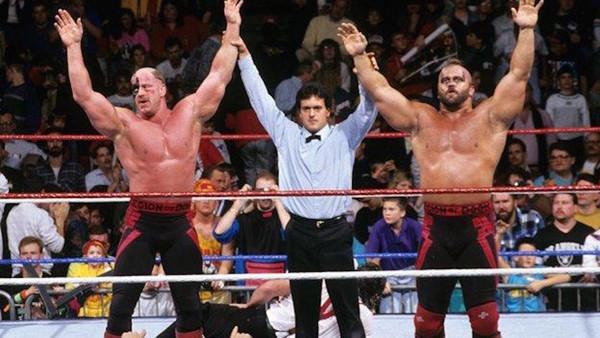 27 Goldberg Brock Lesnar Survivor Series