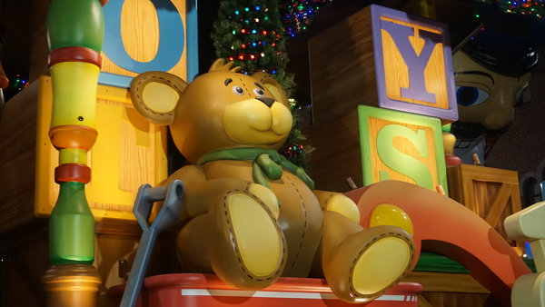 Universal Orlando Christmas Parade