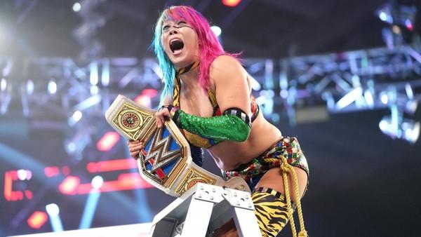 Asuka WWE women's title