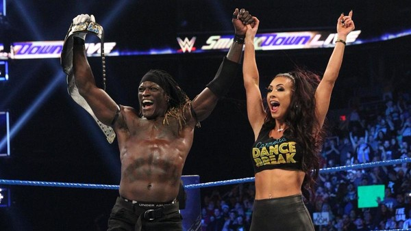 Carmella R-Truth US Title