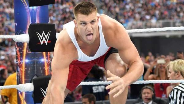 Rob Gronkowski WrestleMania