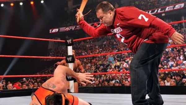 6d1ea1f92372 10 Worst Un-Extreme Matches That Took Place At WWE Extreme Rules ...