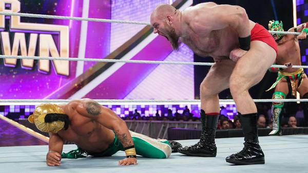 WWE Super Showdown 2019 Lars Sullivan