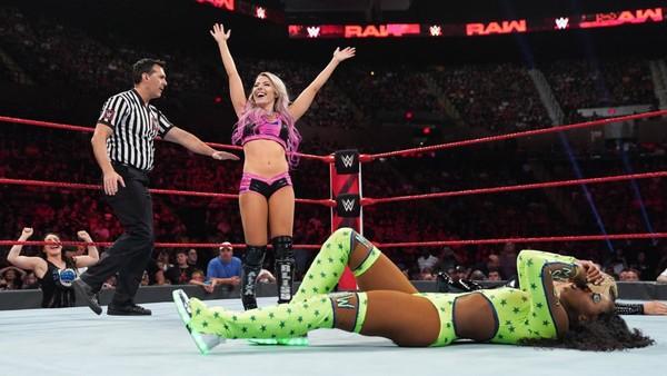 WWE Raw 7/15/19