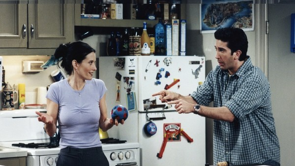 The Showrunners of Friends Reveal the 2 Episodes They Regret Making
