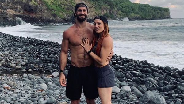 Becky Lynch Seth Rollins engagement