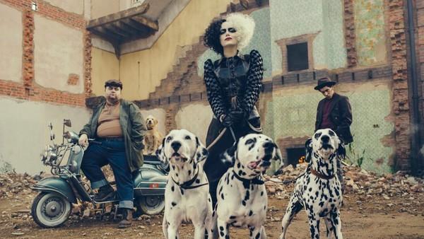 Cruella First Look Emma Stone