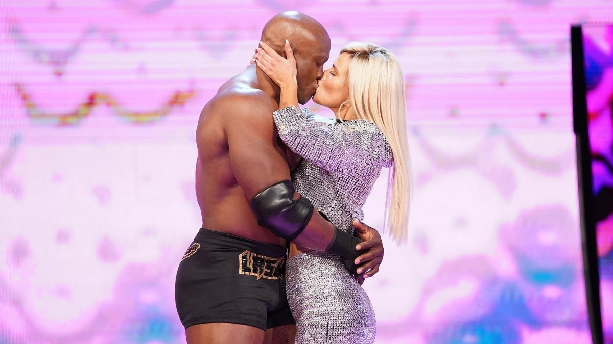 More Romantic Angles Coming Up On WWE Raw & Smackdown? 1