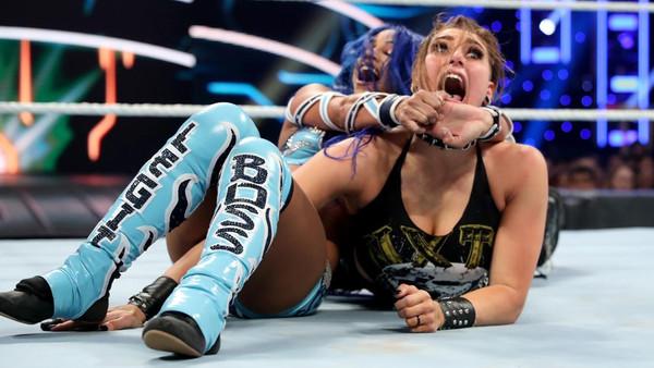 WWE Survivor Series 2019 Rhea Ripley Sasha Banks