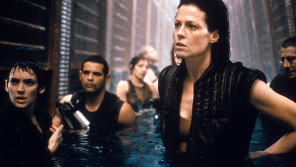 Alien Resurrection Sigourney Weaver