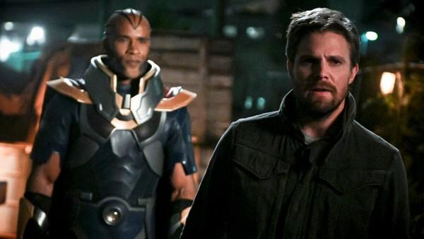 Arrow Season 8 Oliver Monitor