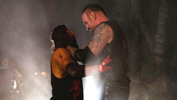 The Undertaker AJ Styles WrestleMania 36 Boneyard Match