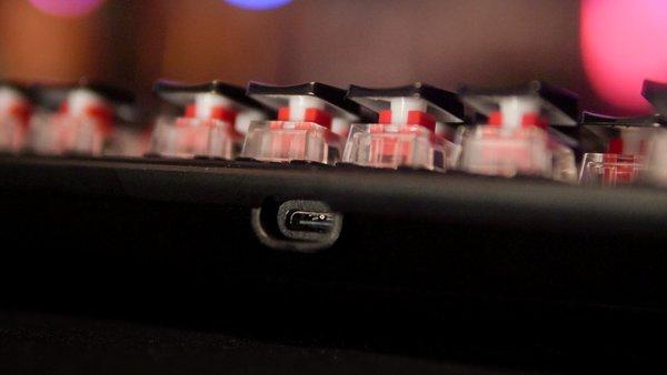 Roccat Vulcan TKL Pro USB C