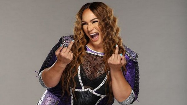 Nia Jax middle finger