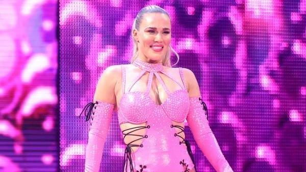 Lana WWE Raw