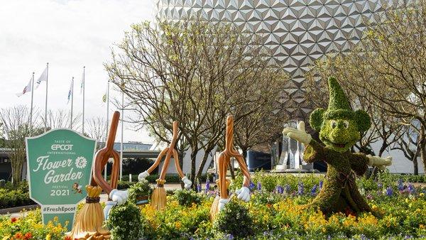 Walt Disney World Epcot Flower and Garden 2021