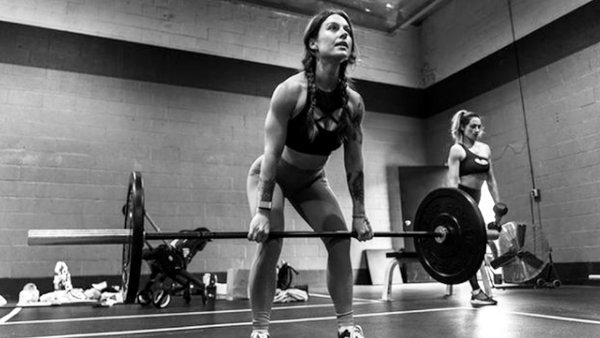 Becky Lynch Gym 2021
