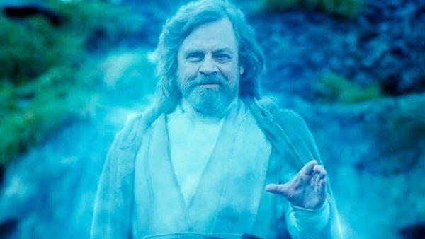 Star Wars The Rise of Skywalker Force Ghost Luke